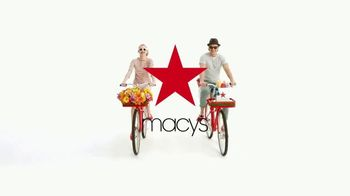 Macy's One Day Sale TV Spot, 'Cooking, Bedding and Luggage' - Thumbnail 9