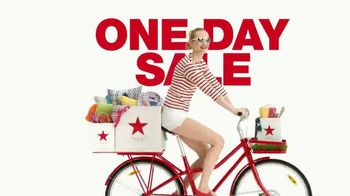 Macy's One Day Sale TV Spot, 'Cooking, Bedding and Luggage' - Thumbnail 1