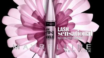 Maybelline New York Lash Sensational TV Spot, 'Layers of Lashes' - Thumbnail 9