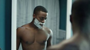 Gillette On Demand TV Spot, 'La forma de ordenar las cuchillas' [Spanish] - Thumbnail 4