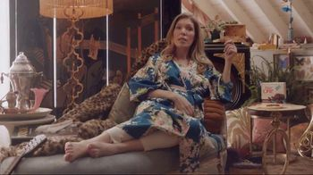 Fiber One 90-Calorie Brownies TV Spot, 'She Shed: Me Time'