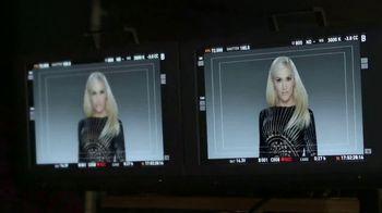 Revlon Mega Multiplier TV Spot, 'Espera más' con Gwen Stefani [Spanish] - 1965 commercial airings