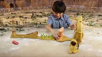 Disney Pixar Cars 3 Willy's Butte Transforming Track Set TV Spot, 'Loop' - Thumbnail 5