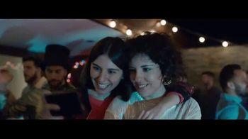 Samsung Galaxy S8 TV Spot, 'Pool Party' Song by Way Way Okay! - Thumbnail 1