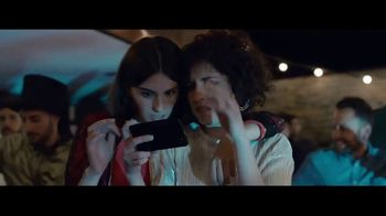 Samsung Galaxy S8 TV Spot, 'Pool Party' Song by Way Way Okay!