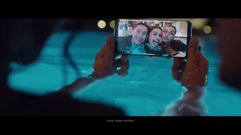 Samsung Galaxy S8 TV Spot, 'Pool Party' Song by Way Way Okay! - Thumbnail 3