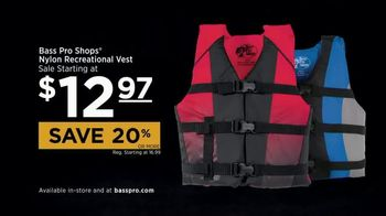 Bass Pro Shops Star Spangled Summer Sale TV Spot, 'Life Vests' - Thumbnail 7