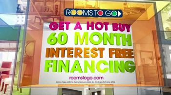 Rooms to Go TV Spot, 'Hot Buy: Sofia Vergara Sectional' - Thumbnail 9
