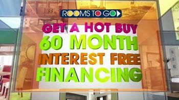 Rooms to Go TV Spot, 'Hot Buy: Sofia Vergara Sectional' - Thumbnail 3
