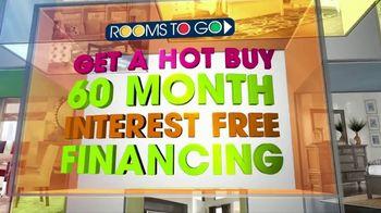Rooms to Go TV Spot, 'Hot Buy: Sofia Vergara Sectional' - Thumbnail 4