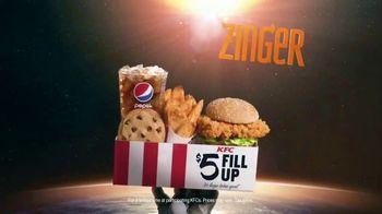 KFC Zinger Sandwich TV Spot, 'Press Conference: Zinger 1' Feat. Rob Lowe - Thumbnail 9