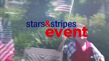 Ashley HomeStore Stars & Stripes Sale TV Spot, 'Sofa and Sleigh Bedroom' - Thumbnail 2