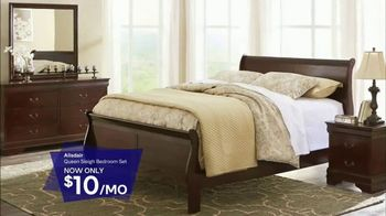Ashley HomeStore Stars & Stripes Sale TV Spot, 'Sofa and Sleigh Bedroom' - Thumbnail 6