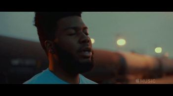 Apple Music TV Spot, 'Discover Khalid' - Thumbnail 4