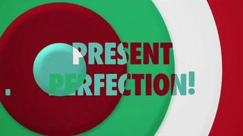 Hershey's Cookie Layer Crunch TV Spot, 'WE tv: Present Perfection' - Thumbnail 7