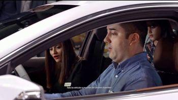 Descuento de Empleados Chevy para Todos TV Spot, 'El auto show' [Spanish]