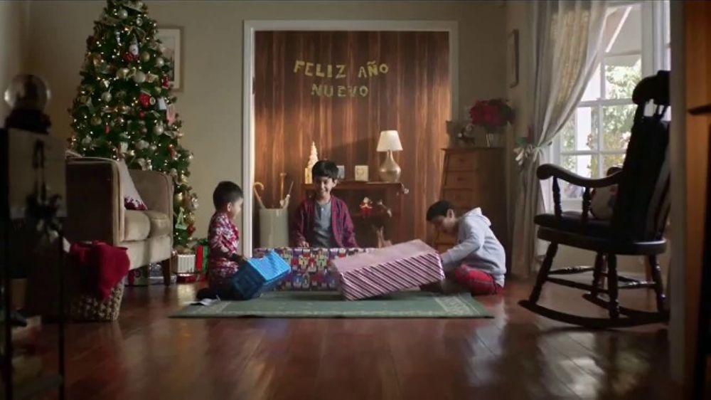 Toyota Toyotathon TV Commercial, 'Regalos que todos desean' [Spanish] [T2