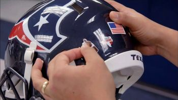 NFL TV Spot, 'Walter Payton: Man of the Year' - Thumbnail 6