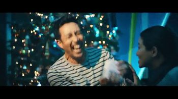 Best Buy TV Spot, 'Last Gift Time' Song by The Alan Parsons Project - Thumbnail 4
