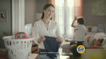 Tide PODS Plus Downy TV Spot, 'De tal palo tal astilla' [Spanish] - Thumbnail 4