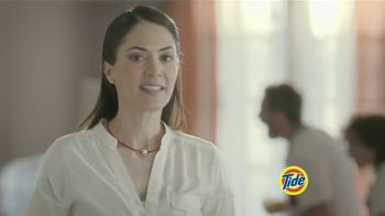 Tide PODS Plus Downy TV Spot, 'De tal palo tal astilla' [Spanish] - Thumbnail 6