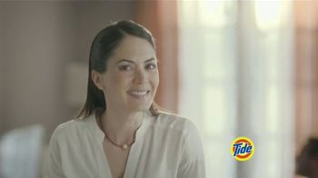 Tide PODS Plus Downy TV Spot, 'De tal palo tal astilla' [Spanish] - Thumbnail 7
