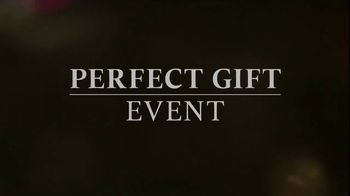 Zales Perfect Gift Event TV Spot, 'That Look' - Thumbnail 7