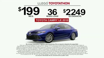 Toyota Toyotathon TV Spot, 'Honk: 2018 Camry' [Spanish] [T2] - Thumbnail 8