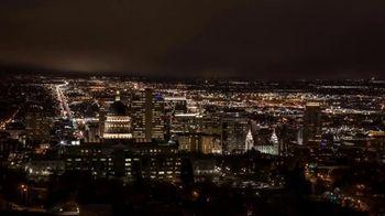 Visit Utah TV Spot, 'Ski City' - Thumbnail 6