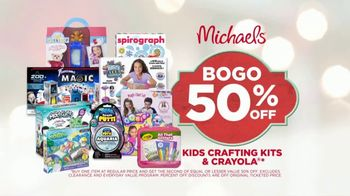 Michaels TV Spot, 'The Spirit of Making: Free Shipping' - Thumbnail 7