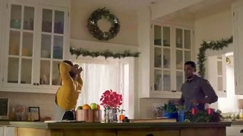 Walmart TV Spot, 'Nail This Year's Christmas Meal' Song by Carl Carlton - Thumbnail 1