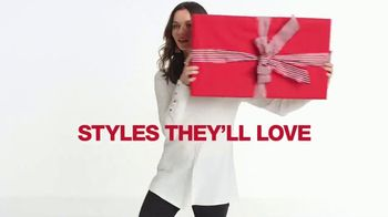 Macy's One Day Sale TV Spot, 'Deals of the Day: Sweaters and Coats' - Thumbnail 5
