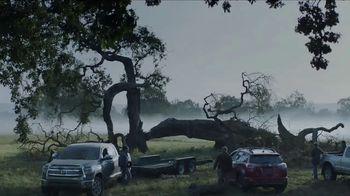 Toyota TV Spot, 'Holidays: Tree' Song by Novo Amor [T1] - Thumbnail 2
