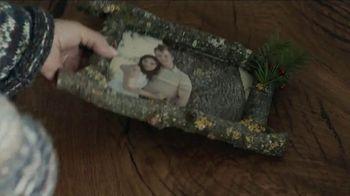 Toyota TV Spot, 'Holidays: Tree' Song by Novo Amor [T1] - Thumbnail 5