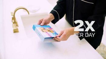 GO SMILE Super White Snap Packs TV Spot, 'Busy Mom' - Thumbnail 4