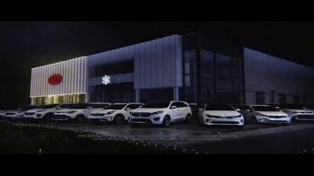 Kia Light Up the Holidays Sales Event TV Spot, 'Light Show' - Thumbnail 1