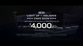 Kia Light Up the Holidays Sales Event TV Spot, 'Light Show' - Thumbnail 10