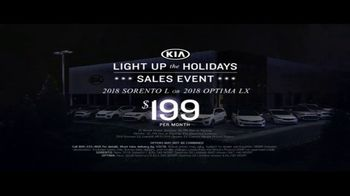 Kia Light Up the Holidays Sales Event TV Spot, 'Light Show' - Thumbnail 7