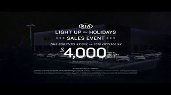 Kia Light Up the Holidays Sales Event TV Spot, 'Light Show' - Thumbnail 9