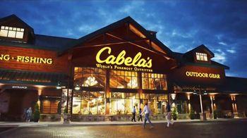 Cabela's Christmas Sale TV Spot, 'Deck the Halls: 8am Doorbusters' - Thumbnail 7