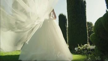 Estée Lauder Beautiful TV Spot, 'Your Moment' Song by Nat King Cole - Thumbnail 5