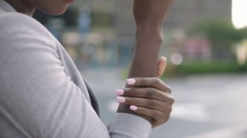 Gold Bond Ultimate Radiance Renewal TV Spot, 'My Skin' - Thumbnail 4
