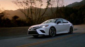 Toyota Toyotathon TV Spot, 'Llegar a casa' canción de Skylar Grey [Spanish] [T1] - Thumbnail 3