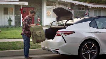 Toyota Toyotathon TV Spot, 'Llegar a casa' canción de Skylar Grey [Spanish] [T1] - Thumbnail 6