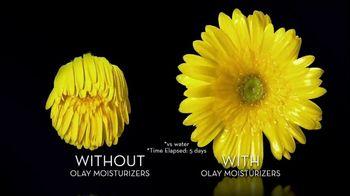 Olay Ultra Moisture Body Wash TV Spot, 'Elevate Moisture, Enhance Skin' - Thumbnail 6