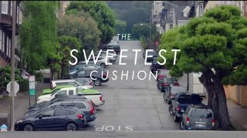 Hoka One One Clifton Four TV Spot, 'Sweetest Cushion: Hide and Seek' - Thumbnail 9