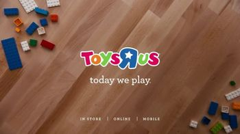 Toys R Us TV Spot, 'The Naughty List Is Not an Option: LEGO Vase' - Thumbnail 8
