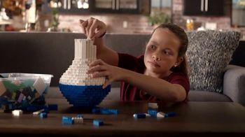 Toys R Us TV Spot, 'The Naughty List Is Not an Option: LEGO Vase' - Thumbnail 4
