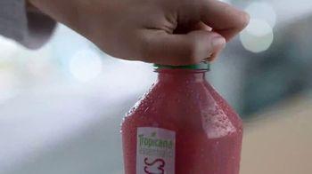 Tropicana Essentials Probiotics TV Spot, 'A Billion Active Cultures'