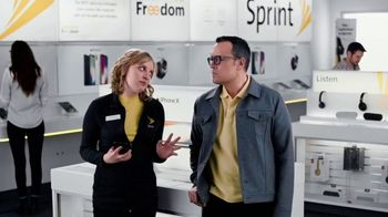 Sprint TV Spot, 'Share the Love: Get Two Amazing iPhones' - Thumbnail 2